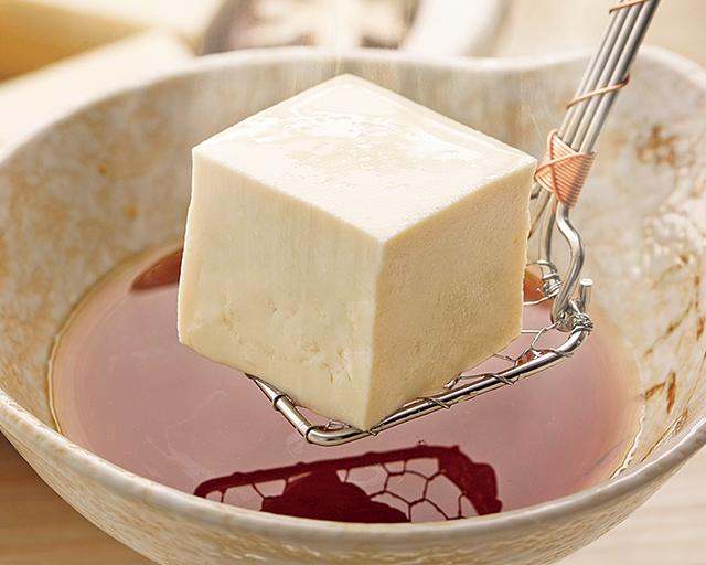 昔ながらの製法でひきだした大豆の甘みと風味
