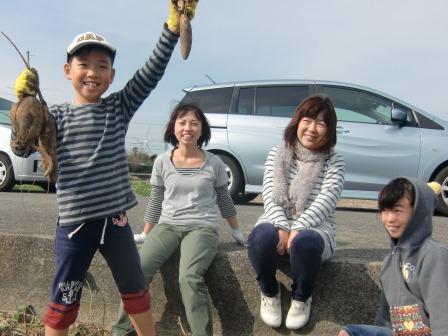 131109_satsumaimo_syuukakutaikenn2.jpg