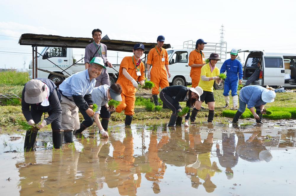 http://www.ucoop.or.jp/hiroba/report/files/140519taue-1.jpg