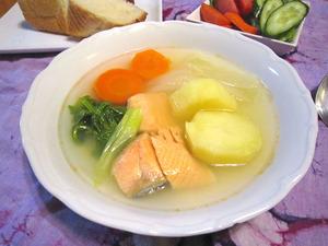 銀鮭の白いスープ ロシア風