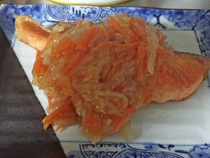 銀鮭のたっぷり野菜あんかけ