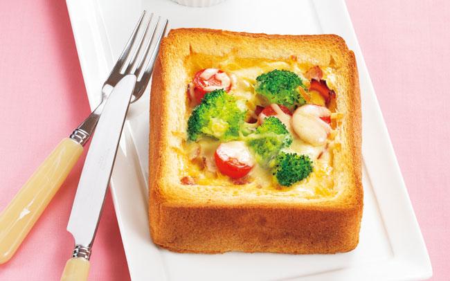 食パンで作る簡単キッシュ