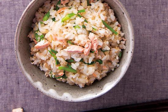 鮭とせりの混ぜご飯