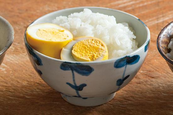 ゆで卵のカレー漬け