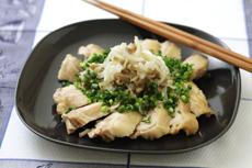 新玉ねぎの中華風蒸し鶏