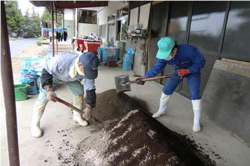 http://www.ucoop.or.jp/shouhin/shoku_shokuryo/sanchi/files/140418-1takahasisan.jpg