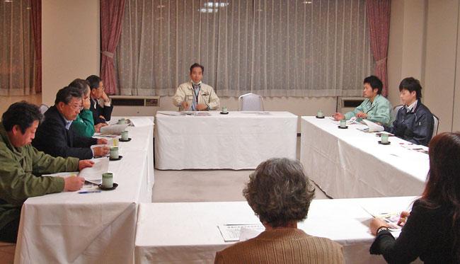 花巻養豚部会研修会は、毎年開催しておりますが、今年度は2月8日(水)に開催さ れました。